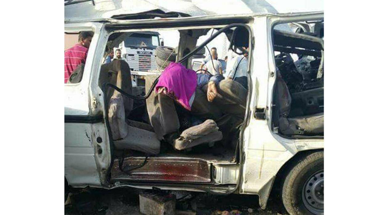 إصابة 10 أشخاص فى حادث تصادم أتوبيس بسيارة