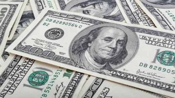 تراجع 12 قرشا.. عضو شعبة الصرافة يكشف أسباب انخفاض الدولار الأسبوع الماضي