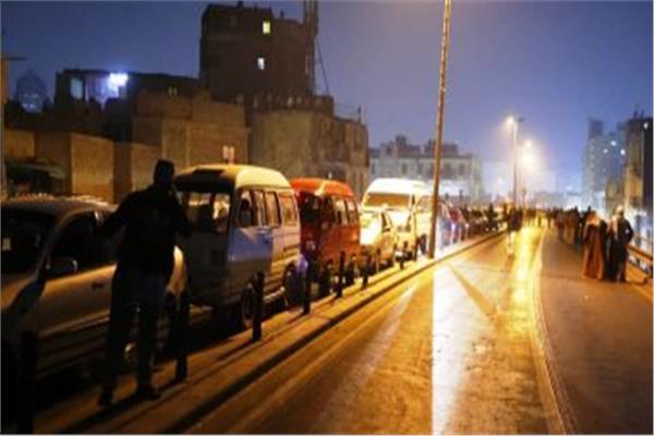 غلق جزئى لشارع الهرم لنقل خطوط المرافق المتعارضة مع أعمال حفر مترو الأنفاق