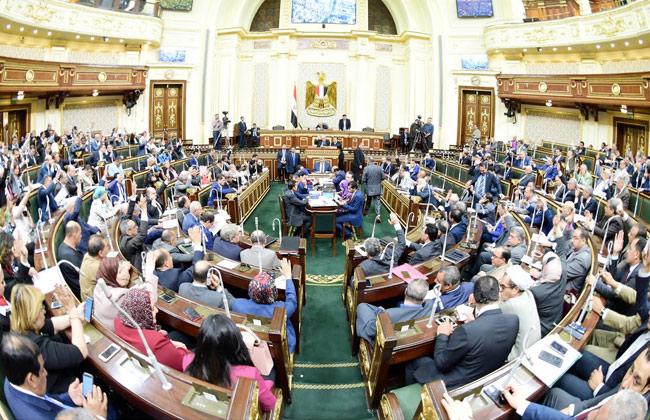 برلماني : تقاعس بعض رجال الأعمال عن دورهم المجتمعى كهروب الجندى من المعركة