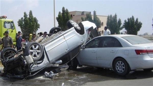 انقلاب سيارة ملاكي ببني سويف