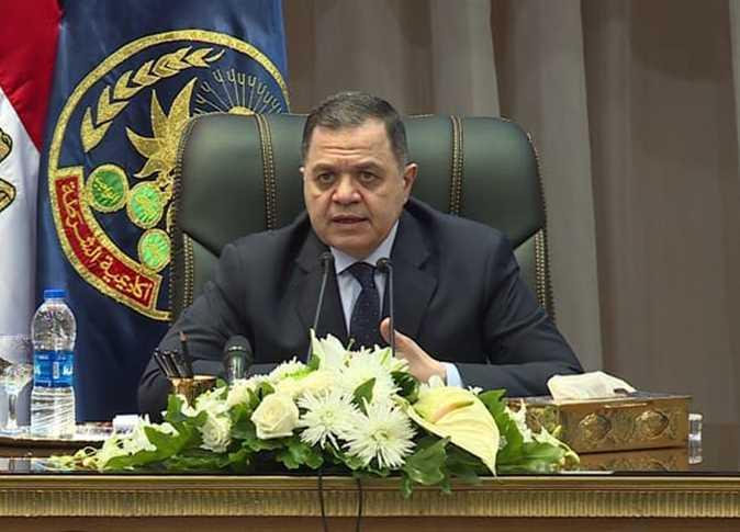 وزير الداخليه يهنئ وزير القوى العاملة بمناسبة عيد العمال