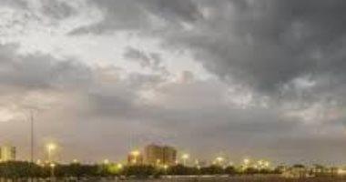 طقس الخليج.. أمطار بالسعودية وحار بالإمارات ومعتدل فى البحرين