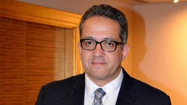 العناني : شهادة طبية شرط دخول السياح الي مصر تؤكد خلوهم من فيروس كورونا